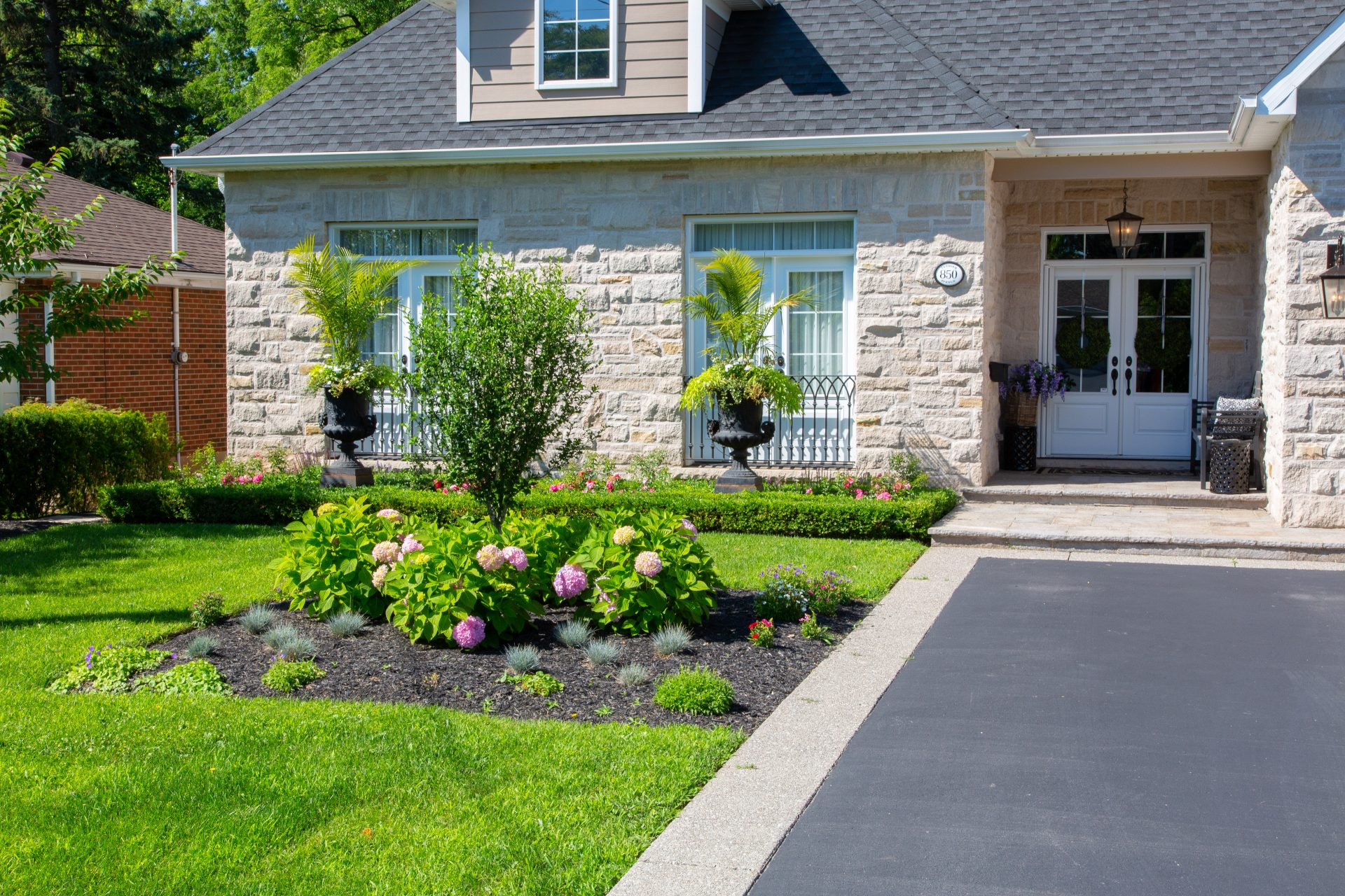 landscaping property maintenance oakville